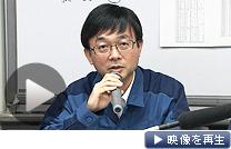 記者会見する東京電力の担当者(26日午前、東京都千代田区)